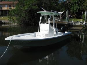 Bay Boat B2200